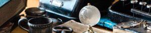 Foto mit Kristallkugel der Erde zur Bebilderung der Rubrik Soziale Medien und Internet auf dem Blog der Berliner Paartherapeutin Julia Bellabarba
